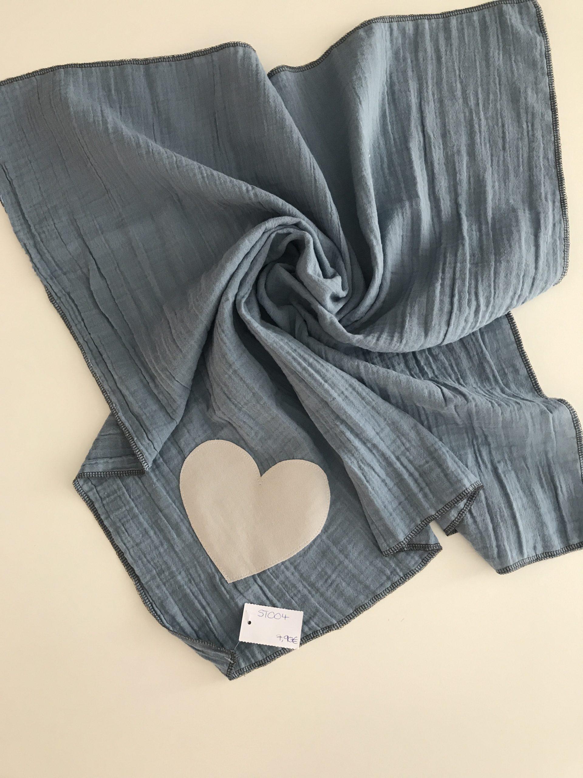 Spucktuch aus Moltonstoff ca. 65x65cm, Grau mit cremefarbenen Herz