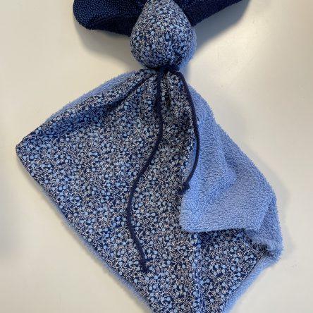 Schmusehase 35x35cm, blau